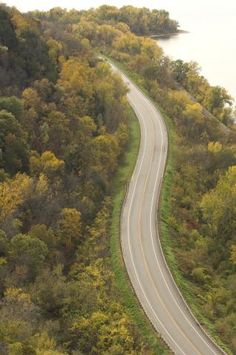 Though the Great River Road covers an incredible amount of ground—2,000 miles along the Mississippi River from Minnesota to Louisiana—it's easy to enjoy piece by piece during leisurely weekend getaways.