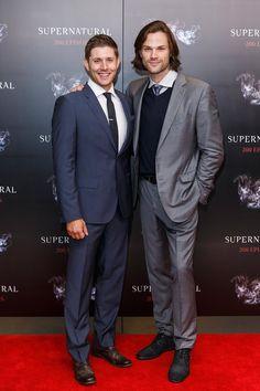 Pin for Later: Wie groß sind die Stars wirklich? Jensen Ackles = 185cm, Jared Padalecki = 193cm