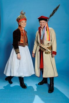 Polish traditional costumes - this explains my fashion preferences! Traditional Fashion, Traditional Dresses, Polish Folk Art, Costumes Around The World, Drawing Clothes, Folk Costume, My Heritage, Fashion Fabric, Holidays And Events