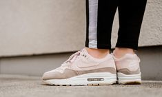 the best attitude 6171e 271f4 Nike - WMNS Air Max 1 Perf Pack - 454746-208 Weiße Sneaker, Neue