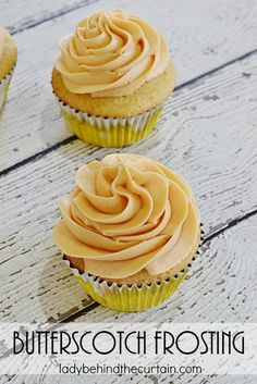 Butterscotch Frosting | Add a pop of flavor to your pumpkin bread, carrot cake cupcakes or even on BUTTERBEER Cupcakes! With this creamy delicious Butters