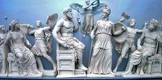 Tímpano oeste del Partenón que representa el nacimiento de Atenea.