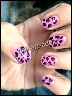 Nail Art : Leopard http://www.nail-art-addict.blogspot.fr/2013/06/show-your-lifestyle-animaux.html
