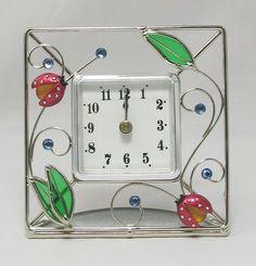 """Stained Glass Ladybug Desk Clock ($21)  Bonus: At """"Ladybug-Shop.com"""""""