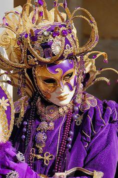 Venice Carnival Costumes, Venetian Carnival Masks, Carnival Of Venice, Venice Carnivale, Venice Mask, Costume Venitien, Masquerade Party, Wedding Tattoos, Beautiful Mask