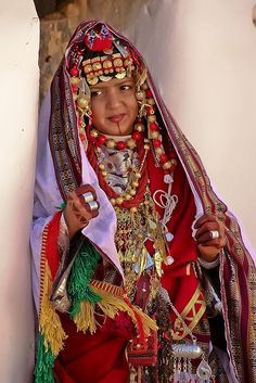 An exquisite bride in exquisite traditional bridal dress. Taken in Ghadamis, a UNESCO world heritage site, in southwest Libya. photo by Mansour Ali, 2009. via flickr