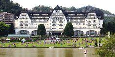 Petrópolis: de volta aos anos 40 na visita guiada ao hotel-cassino Quitandinha