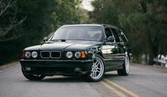 Deze BMW E34 M5 Touring 'Elekta' is perfectie