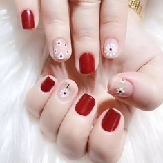 a variety of beautiful personality nails, to provide you with a better reference - Page 34 of 60 - BEAUTIFUL LIFE Fabulous Nails, Gorgeous Nails, Cute Nails, My Nails, Sunflower Nail Art, Bright Nail Art, Daisy Nails, Cute Nail Art Designs, Nail Art Videos