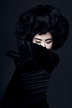 The portfolio of New York Fashion & Beauty Photographer, Lindsay Adler. Lindsay Adler, Portrait Photography, Fashion Photography, Dark Portrait, Beauty Around The World, Popular Photography, Exotic Beauties, Afro Punk, Best Photographers