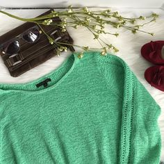 Rachel Zoe green sweater Excellent condition. Size is XXL but easily fit smaller sizes as oversized and comfy. Beautiful sea foam green color and detail of different stitching on back. Rachel Zoe Sweaters Crew & Scoop Necks