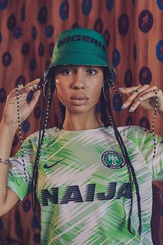 With a side brimming with youthful energy, Nike have brought an entirely fresh flavour to the World Cup party as they launch the 2018 Nigeria Collection. Entitled 'For Naija', it's a symbol of a nation that will dance the street come the summer. Football Team Kits, National Football Teams, Football Soccer, Sports Jersey Design, Football Design, Football Fashion, Football Outfits, Classic Football Shirts, Vintage Football