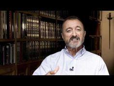 Disfruta de la presentación del libro El puente de los asesinos, de Arturo Pérez-Reverte http://bit.ly/AxLJI6