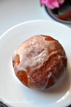 Przepis na pączki bez jajek i bez mleka krowiego Bread Recipes, Pudding, Vegan, Dinner, Desserts, Drink, Food, Food Food, Bakken