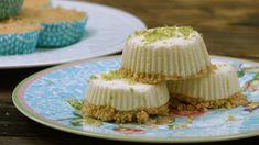 Diese Muffin-Törtchen sind eine willkommene Alternative zum herkömmlichen Eis und die perfekte fruchtig-frische Leckerei für den Sommer.