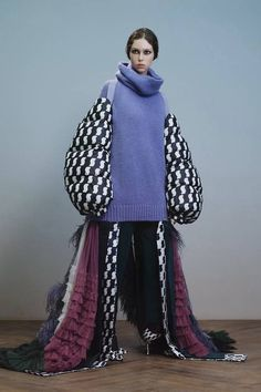 Undercover Fall 2019 Ready-to-Wear Fashion Show - Vogue Fashion Week, Fashion Art, Editorial Fashion, Runway Fashion, High Fashion, Fashion Outfits, Womens Fashion, Fashion Design, Paris Fashion