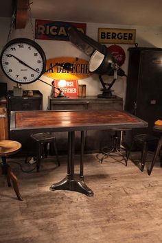 table industrielle deco loft