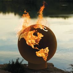 Fire Pit Globe (http://blog.hgtv.com/design/2013/09/09/daily-delight-fire-pit-globe/?soc=pinterest)