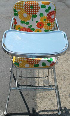 Classic high chair, 1970's. What is not to love?!