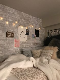 Chill Room, Redecorate Bedroom, Room Inspiration, Room Decor Bedroom, Girl Bedroom Decor, Bedroom Decor, Room Ideas Bedroom, Room Inspiration Bedroom, Cozy Room Decor