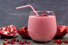 Protein Shakes for Weight Loss and Muscle Gain Tea Smoothies, Smoothie Recipes, Fruit Shakes, Weight Loss Shakes, Banana, Protein Shakes, Superfoods, Fresh Fruit, Glass Of Milk
