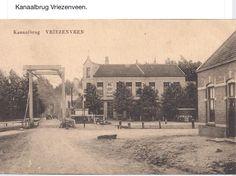 Brug bij het west einde en hotel Zandwijk .