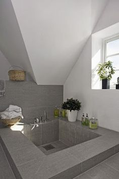 Sunken bathtub in granite