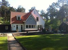 #landelijk #villa #villabouw #hsb #prefab #huizenfabriek Houses, Mansions, House Styles, Home Decor, Homes, Decoration Home, Manor Houses, Room Decor, Villas