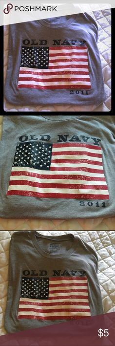 🇺🇸 2011 Old Navy Flag T-Shirt 🇺🇸 🇺🇸 2011 Old Navy Flag T-Shirt. EUC, Gray XXL Old Navy Tops Tees - Short Sleeve