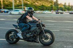 Hayabusa Streetfighter, Suzuki Hayabusa, Stunt Bike, Gsxr 750, Biker Boys, Supersport, Sportbikes, Cool Motorcycles, Garage Design