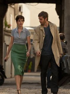 Anne Hathaway - One Day by all the love One Day, We Heart It, Romantic, App, Fashion, Movie One Day, Costume Design, Moda, Romantic Things