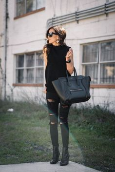 Black outfit. Love the whole thing.
