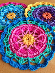 Da's Crochet Connection: Colorful Flower Mandalas