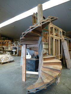 Oude trappen, antieke trappen, houten trappen, metalen trappen