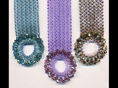 Seed bead jewelry Center Stage Bracelet using easy Herringbone including clasp. ~ Seed Bead Tutorials Discovred by : Linda Linebaugh Beaded Braclets, Seed Bead Bracelets, Seed Bead Jewelry, Beaded Jewelry, Bangle Bracelet, Seed Beads, Jewellery, Seed Bead Tutorials, Jewelry Making Tutorials