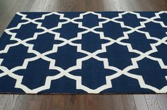 Novato Trellis Area Rug in Blue