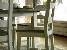 Santiago Wooden Dining Chair :: Arighi Bianchi