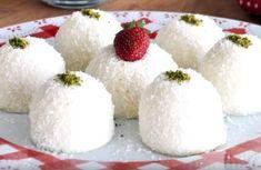 5 Malzemeli Sütlü 5 Dakika Tatlısı - İyi Hobi Dessert Recipes, Desserts, C'est Bon, Feta, Food To Make, Raspberry, Brunch, Pudding, Cheese