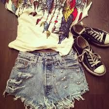 Resultado de imagem para roupas adolescentes tumblr