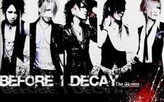 This is my favorite J-Rock band, the GazettE. They are the best known visual kei band in the world. They won the viewers' choice awards 2011 on the NHK Intrenational music show J-Melo. They were requested from over 100 countries ! Their style (music as well as clothing) evolves at each new album, but the base is metal-type music. Favorite song: Filth in the beauty.