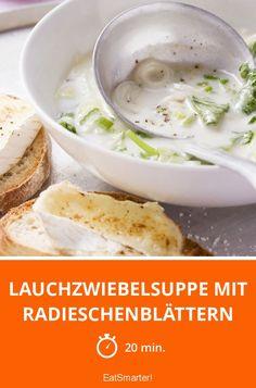 Lauchzwiebelsuppe mit Radieschenblättern