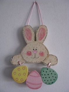 Bunny with Eggs Handpainted Easter Decor por loisling en Etsy Spring Projects, Easter Projects, Spring Crafts, Easter Crafts, Holiday Crafts, Easter Decor, Happy Easter, Easter Bunny, Easter Eggs