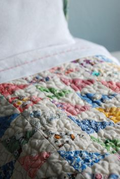 Beautiful old fashioned Blythe Quilt by smalltownsarah on Etsy
