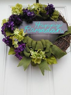 Easy blackboard floral wreath with now