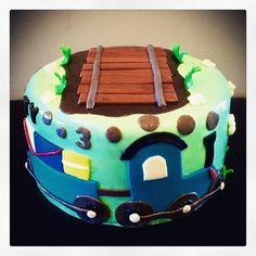 Sweety Cakes www.sweetycakes.ca  Train cake!