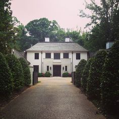 Long drive, shrubs | Limestone & Boxwoods - Instagram (@limestonebox) - Keither Summerour architect - Buckhead - Atlanta