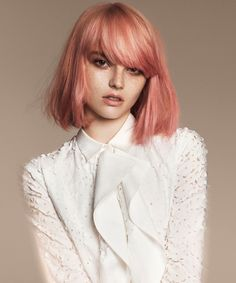 24 of the Best Blorange Hair Color Ideas to Wow this Winter Peach Hair, Rose Gold Hair, Dark Pink Hair, Cabelo Coral Pastel, Pastel Pink, Pretty Pastel, Blorange Hair, Hair Bangs, Curly Hair