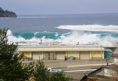 Amazing picture illustrating the swell of the Japanese tsunami... click to see before and after