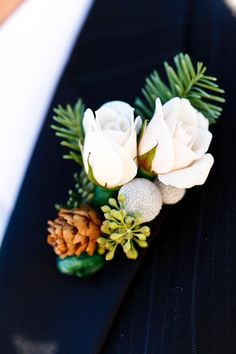 winter wedding boutonniere | winter boutonniere repinned from corsages and boutonnieres by trig s ...