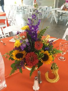 perfect fall wedding centerpiece by Furst #FurstEvents #daytonweddings